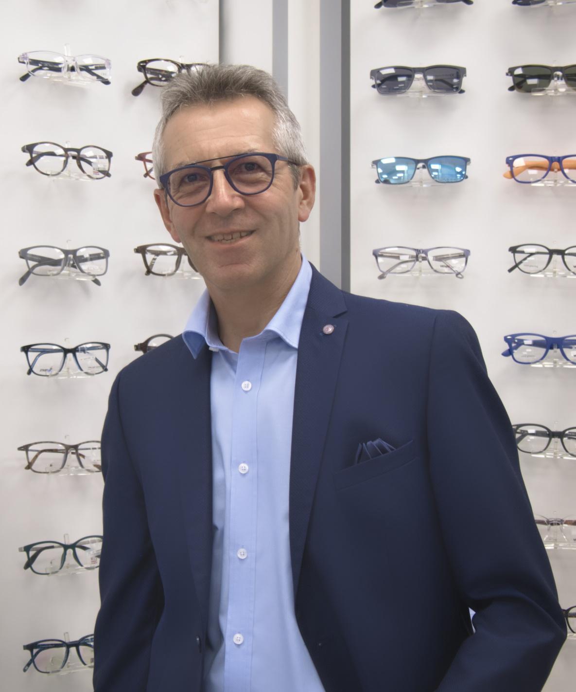 Herr Zinsmaier Augenoptikermeister